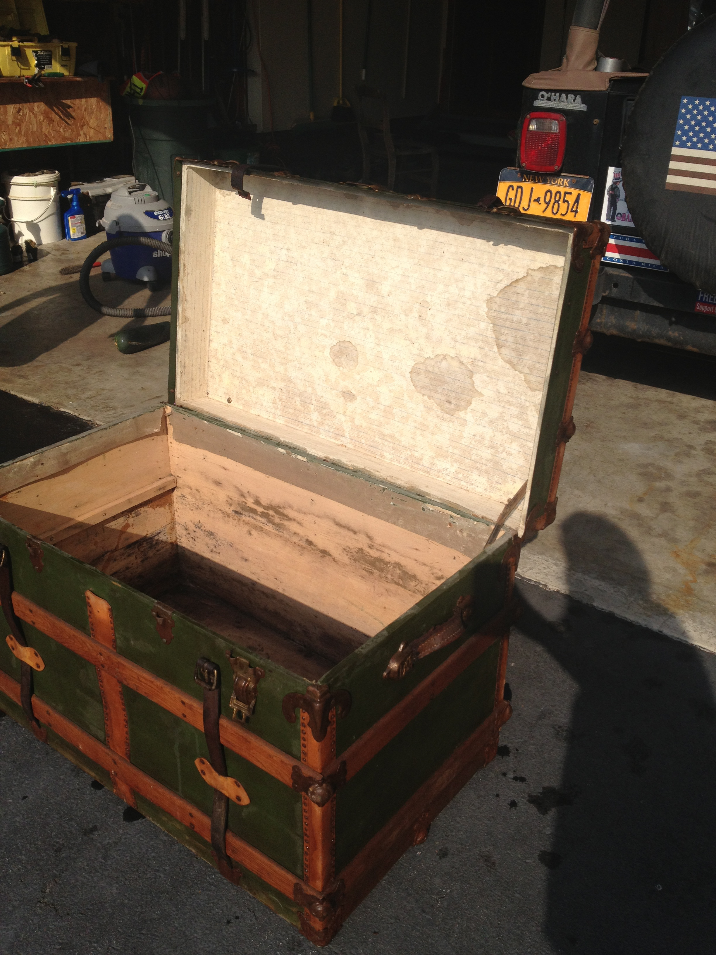 Awesome Antique Steamer Trunk Turned Coffee Table Brepurposed Pdpeps Interior Chair Design Pdpepsorg